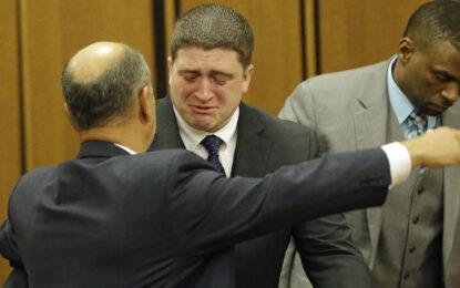 Полицай в САЩ  оправдан за убийство на цветнокожи
