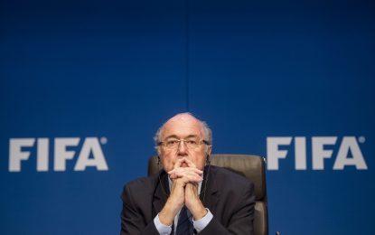 Скандалът във FIFA може да удари по Русия и Катар