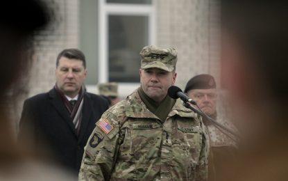 Командващият сухопътните войски на САЩ в Европа пристига в София