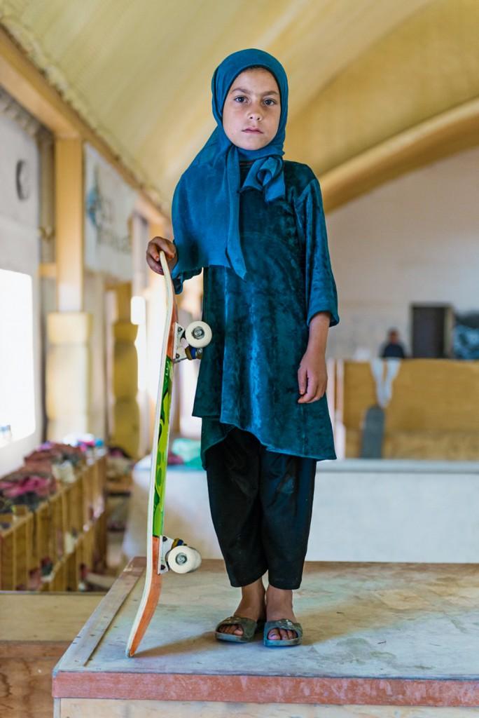 4_Afghanistan-Skateboarding-684x1024