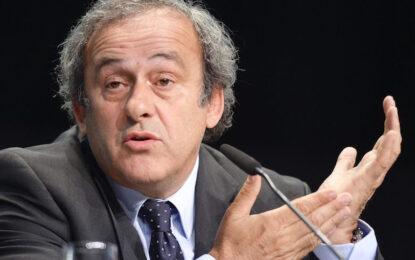 UEFA иска Блатер вън от FIFA