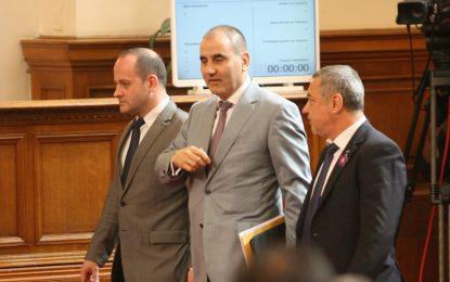 Поправките в Конституцията влизат в парламента до седмица