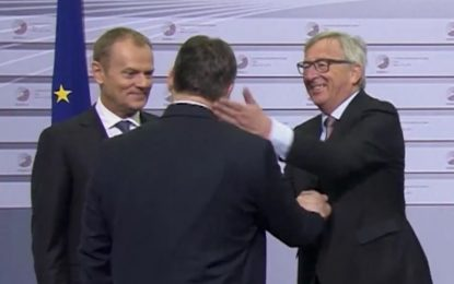 "Юнкер приветства Орбан с ""диктатор"""