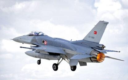 Турция и САЩ си стиснаха ръцете за въздушни удари в Сирия