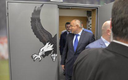 """Борисов пак ползва """"Кугър""""-ите като таксита"""
