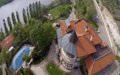 А кметът на Хасково живее в имение за 2.5 милиона