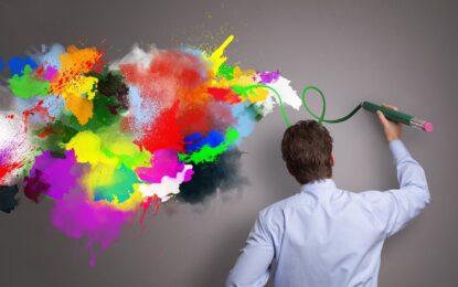 Луди ли са творците