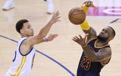 НБА плейофи: Къри притисна ЛеБрон до стената