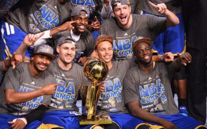 """НБА плейофи: Стефан Къри донесе първа титла на """"Уориърс"""" от 40 години"""