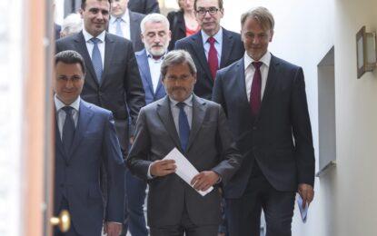 Груевски може да управлява Македония и след мандата