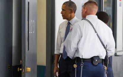 Обама стана първият президент на САЩ, влязъл в затвор