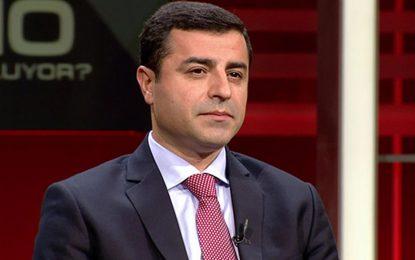 Властта в Турция влезе в конфликт с прокюрдската партия