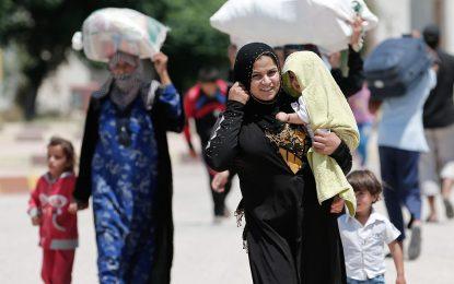 Броят на бежанците от Сирия мина четири милиона