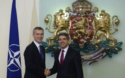 България сама е поискала танковете, твърди НАТО