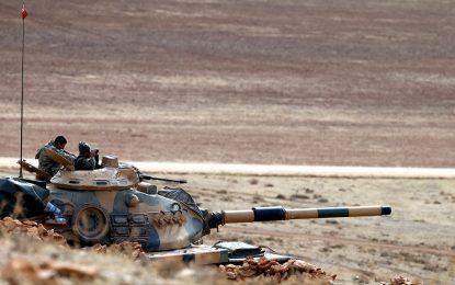 """Турски танкове откриха огън по бойци на """"Ислямска държава"""""""