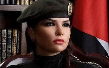 """Кралица на красотата води кибервойна с """"Ислямска държава"""""""
