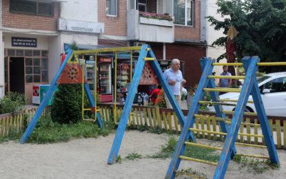 Гаврата с 3-годишното дете заснета на телефон