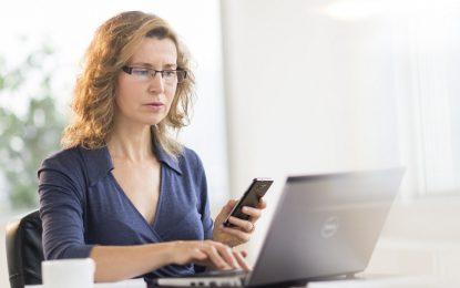 Работодателите дискриминират жените още на 40