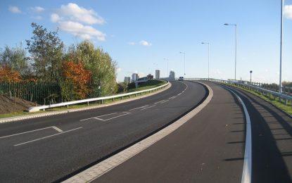 Великобритания тества електрически магистрали