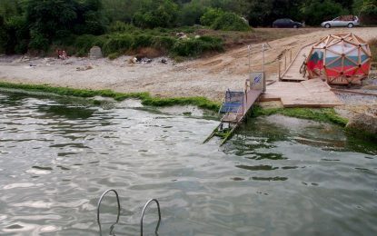 Вече нищо не става от пътеката за инвалиди на плажа във Варна