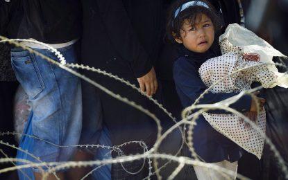 ЕС трябва да помогне на Унгария, Италия и Гърция за бежанците