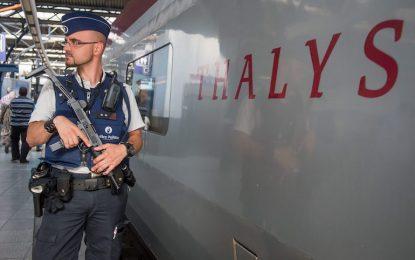 Френската полиция разпитва атентатора от влака