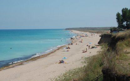 Държавата харчи 700 000 за спасители на дивите плажове