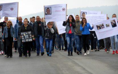 Над 300 души в Джулюница протестираха срещу смъртта по пътищата