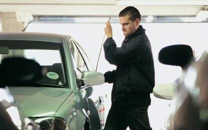 По 385 превозни средства се крадат у нас на месец