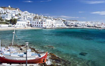 Санторини, Миконос и Родос – без данъчни привилегии