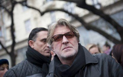 """Морфов си тръгва заради """"чалга правителството"""""""