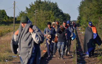 ЕС праща още 2200 бежанци в България