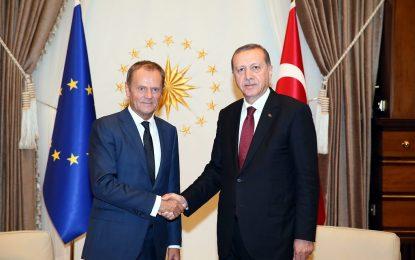 Брюксел с половин уста пуска турците без визи в Шенген