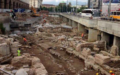Рашидов спря проекта за Ларгото заради шума, че е кич и непрозрачен