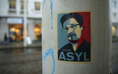Европа гласува да приюти Сноудън