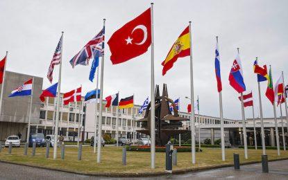 НАТО свири сбор заради руския самолет в Турция