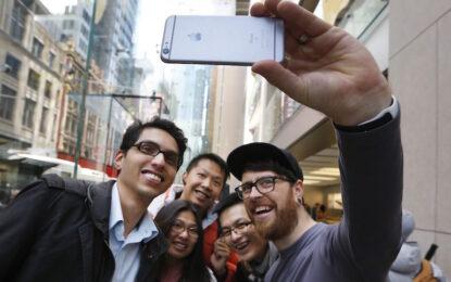 Apple отряза властите в САЩ за достъп до частен iPhone