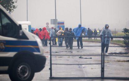 Балканите отпушиха границите за бежанци