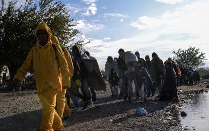Брюксел отпусна €5.9 милиона на Гърция за транспорт на мигрантите