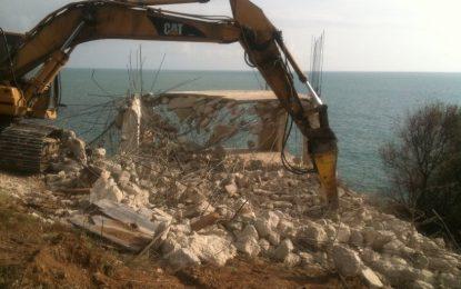 Осем години по-късно бетонът си отива от Яйлата (снимки)