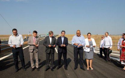 Строител на магистрали в България отрязан в Сърбия