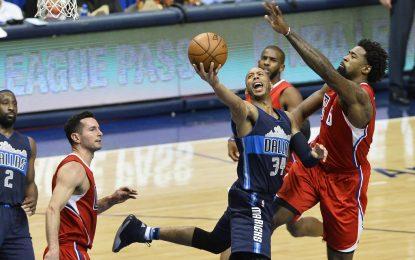 """Избрано от НБА: """"Мавс"""" подпалиха чергата на ДеАндре Джордан в Далас"""