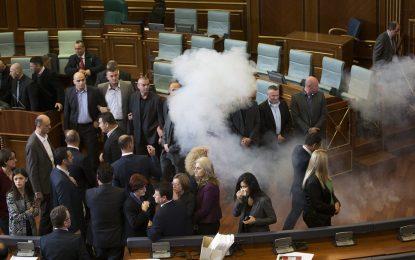 В Косово се вдига градусът на напрежението