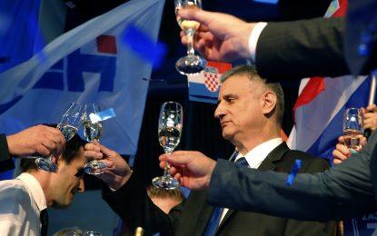 Консерваторите спечелиха парламентарните избори в Хърватия