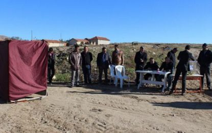 В Турция гласуват и на пътя