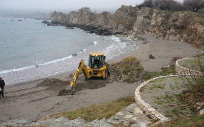 Още един незаконен строеж на морето си отива – на Баневи