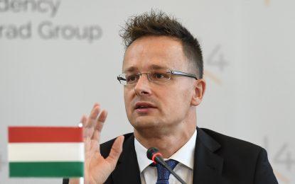 Унгария смята, че Европа води политика на ритуално самоубийство