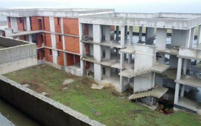 Продава се бетонен комплекс в Синеморец. За четвърти път