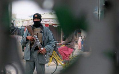 Десетки убити след атаката на талибаните срещу летището в Кандахар