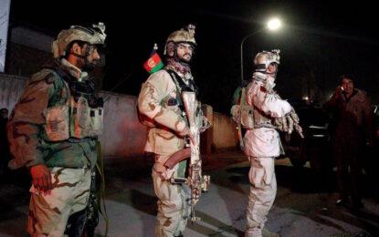 Кола-бомба се вряза в испанското посолство в Кабул